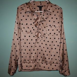 Size 10 tan and Black button up Silky